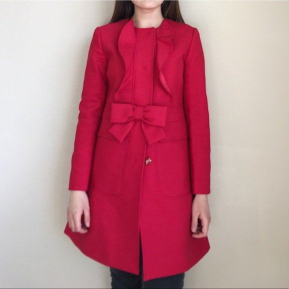 5758ff88aab3 RED Valentino coat